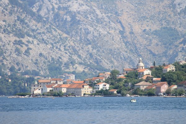 Tivat stari grad panorama s mora