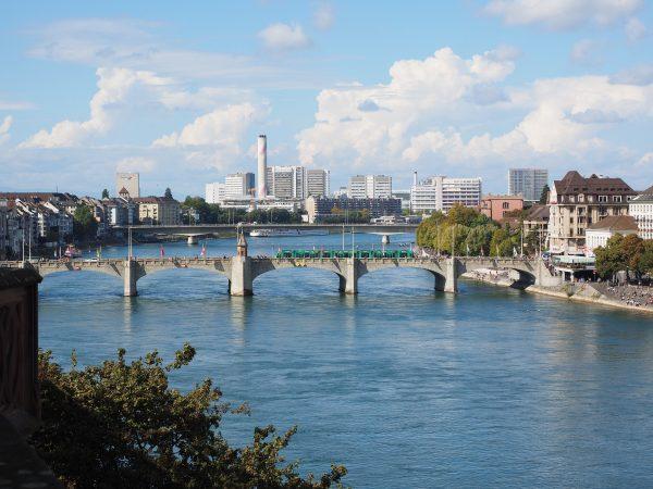 Avio karte Niš Basel pogled sa reke