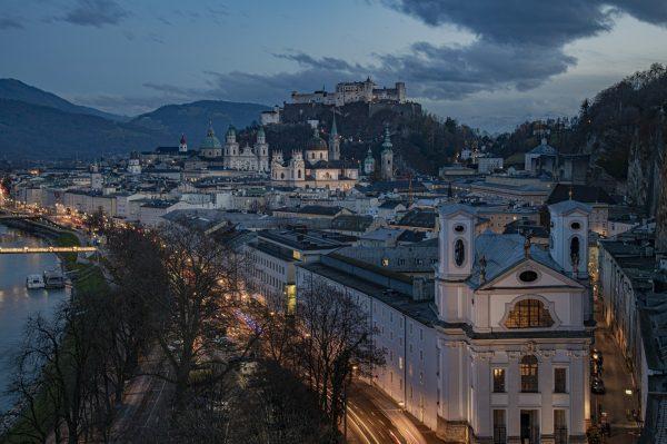 Avio karte Beograd Salzburg panorama nocu