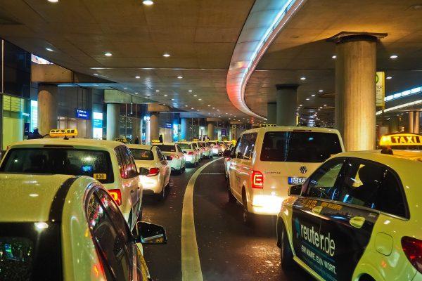 Avio karte Beograd Dizeldorf taksi stanica